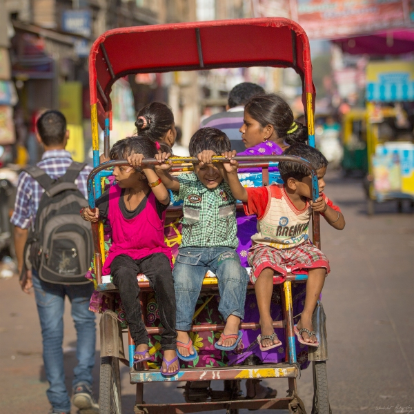 dehli children rickshaw