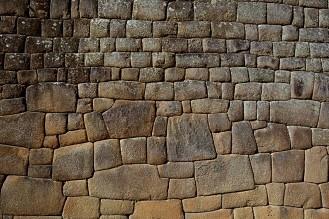 stone wall macchu picchu